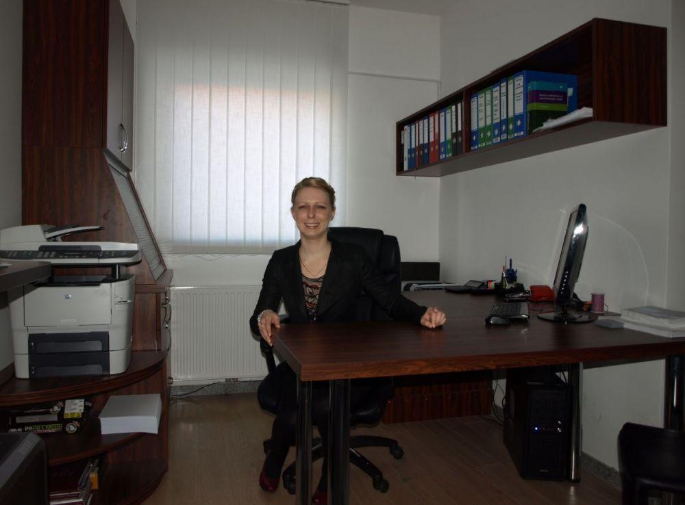 odvetniška pripravnica Tina Gubenšek